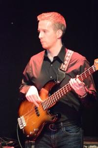 Andrew Dapkin -bass